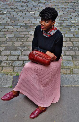 look glamour femme avec plastron col wax kipé
